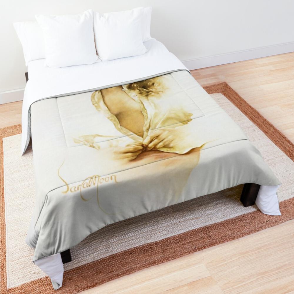 'Gina' Comforter by Sara Moon